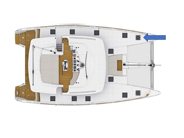 9beblue-crew-cabin.jpg