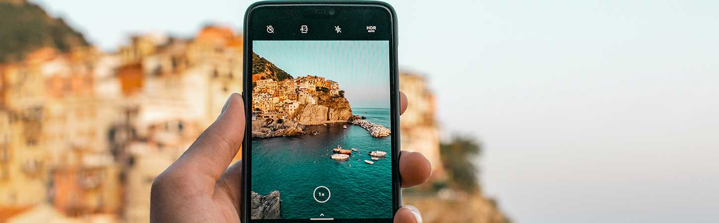 Telephony abroad and data roaming