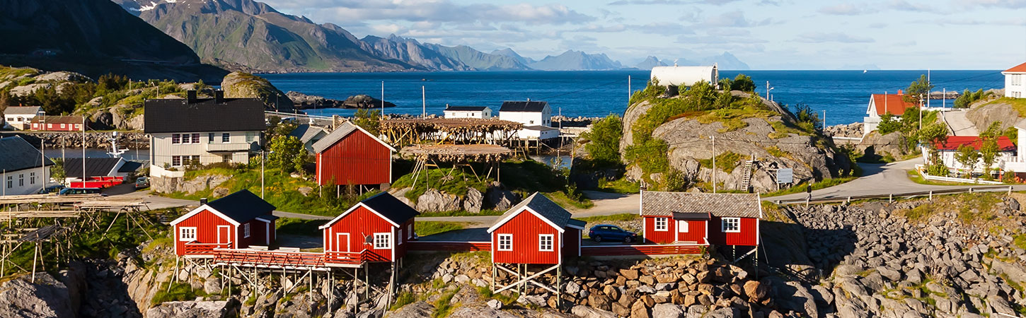Norway: the land of traditional Rorbu, majestic whales and spectacular fjords