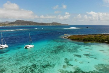 Grenadines and Tobago Cays: 7 days catamaran cruise