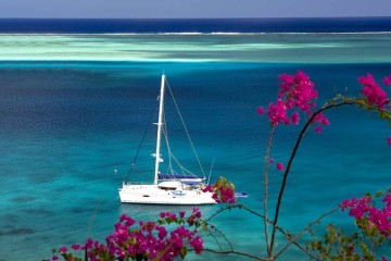 French Polynesia and Tahiti: Catamaran Cruise