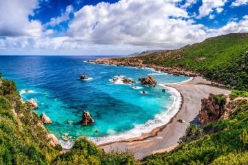 Crociera in catamarano tra la Sardegna e la Corsica del sud