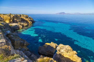 Catamaran cruise: Aegadian Islands, Sicily