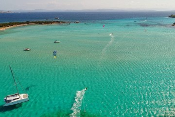 BeKite: Sardinia and Corsica sailing cruise for Kiters!