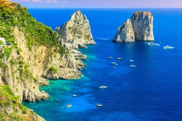"""All Inclusive"" catamaran cruise: Costiera Amalfitana and Capri"