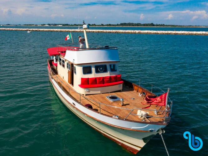 Motoryacht, Superior
