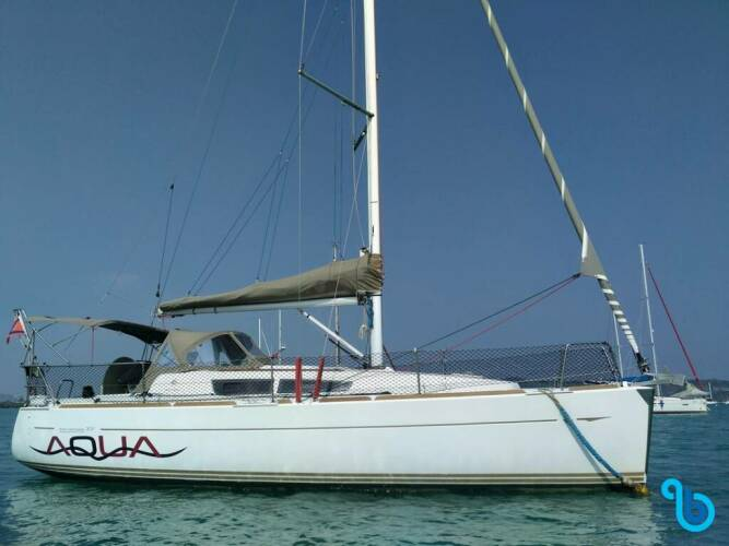 Sun Odyssey 33i, Aqua